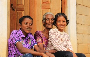 IMG_3678_Kilinochchi-housing-beneficiary-with-grand-children